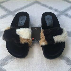 ZARA Faux Fur Fuzzy Velvet Slip On Sandal Slides
